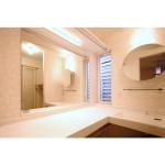 手造りの洗面室