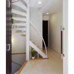 広くはない玄関ですが帰宅時の解放感は スチール階段のスリムさのおかげです。