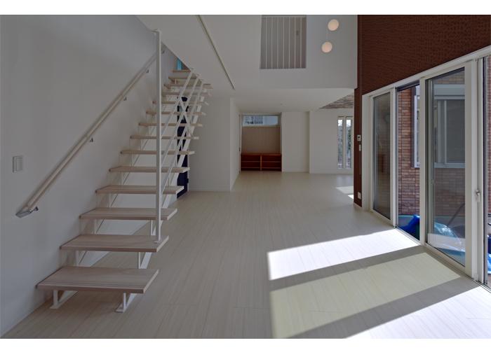郊外型のデザイン住宅