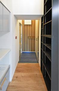 造り付け家具をはめ込んだ低価格の川崎のマンションフルリフォーム
